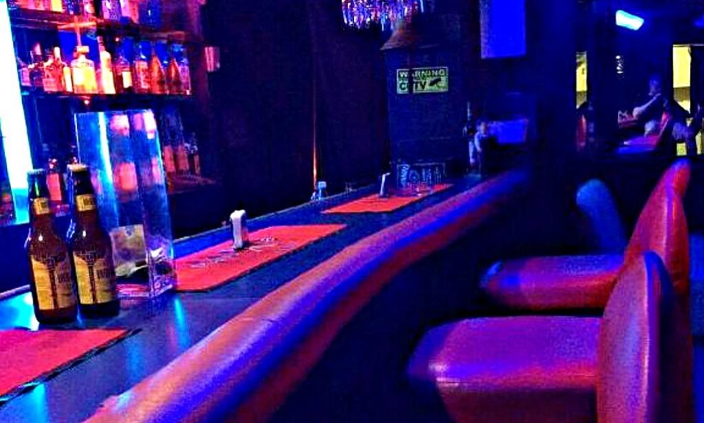 セブ島のビキニバーのマンゴーバーアンドレストラン(Mango Bar and Restaurant)の場所や行き方、料金などの詳細は?