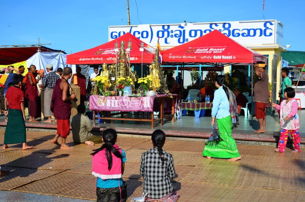 ミャンマーの風俗や夜遊びの楽しみはヤンゴンの女の子がポニーテールでかわいい
