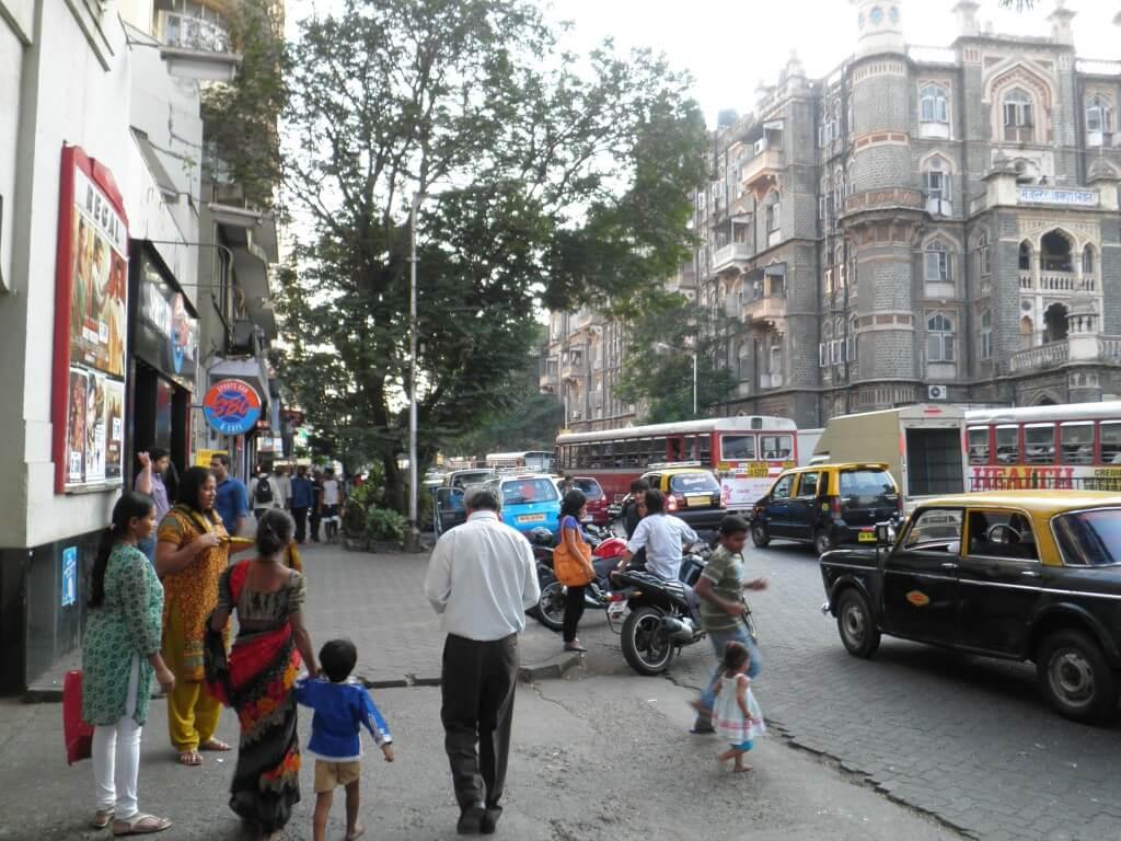 ムンバイはインドの中でも発展していて綺麗な都市