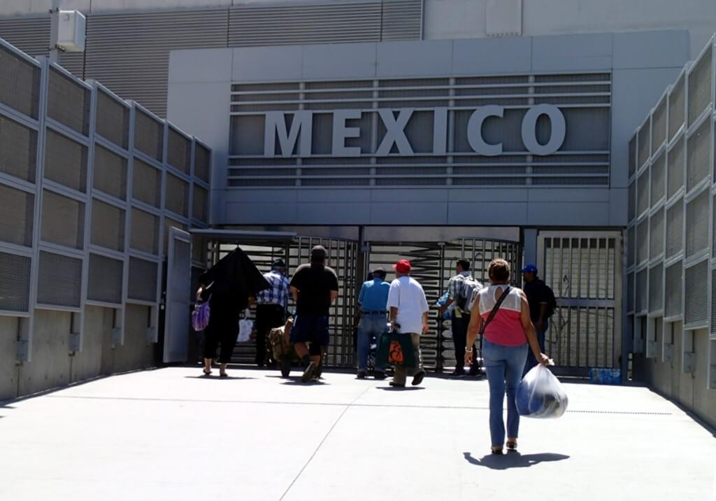 アメリカとメキシコの国境の街のティファナは有名な風俗地帯だ!