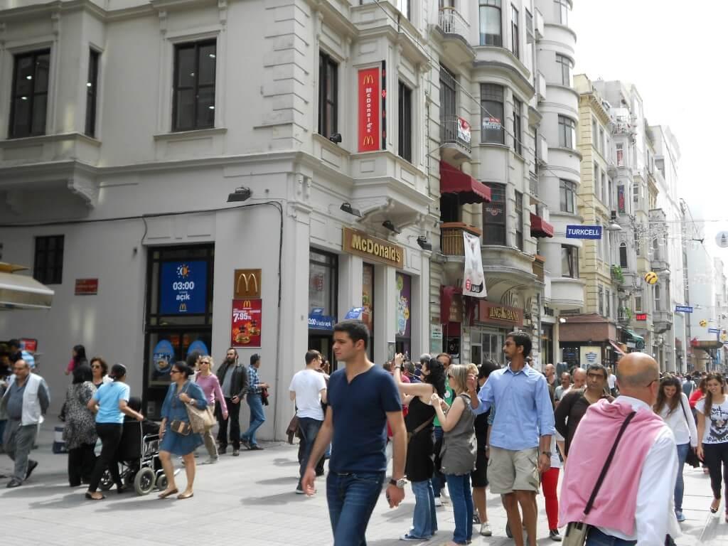 イスタンブールの風俗にはトルコ人専用の飾り窓、置屋がある!?潜入できるのか?