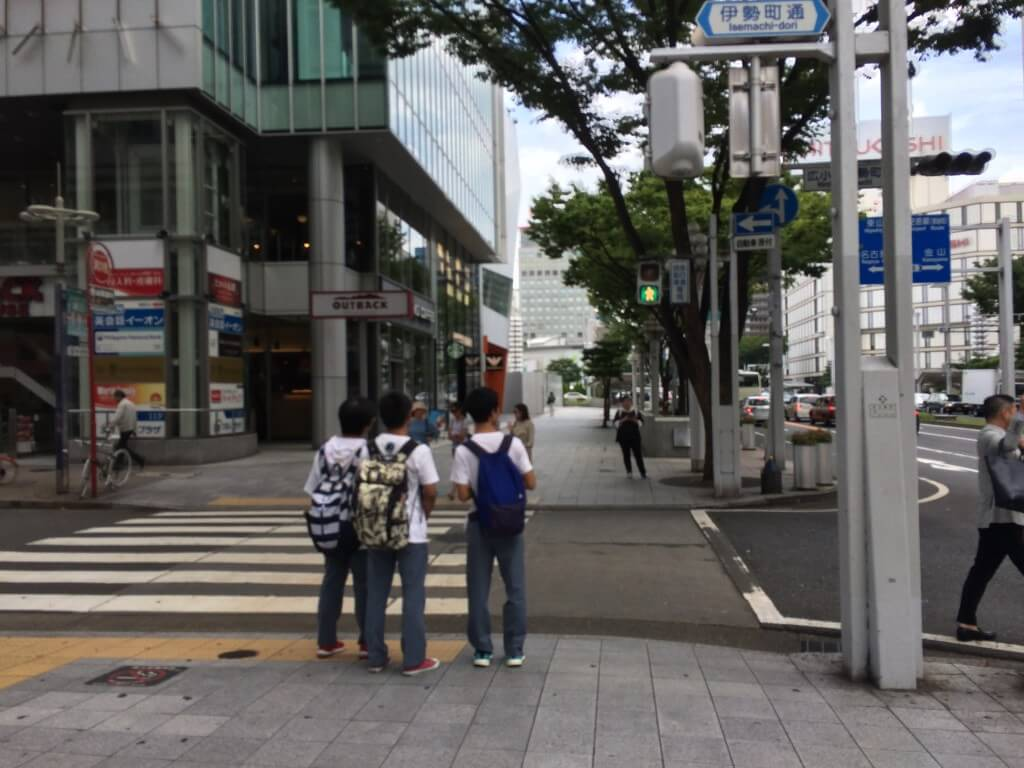 名古屋のピンサロ(キャンパブ)で花びら回転はそこまで数はない