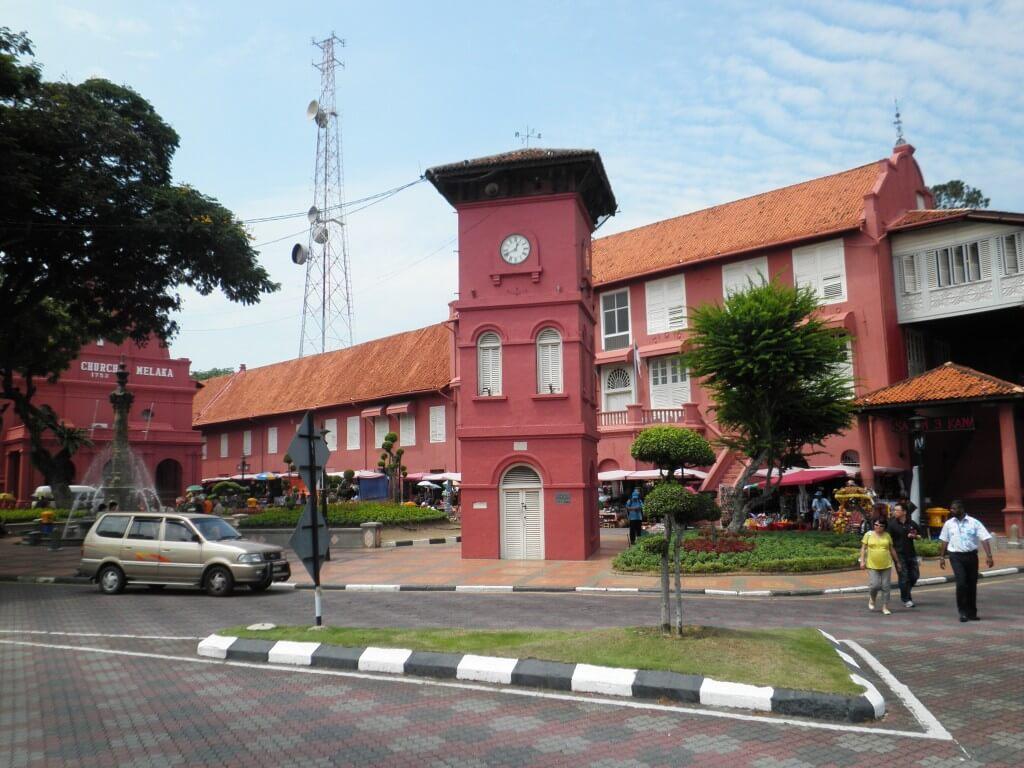 マラッカはクアラルンプールからもシンガポールからも近い観光メインの街だ
